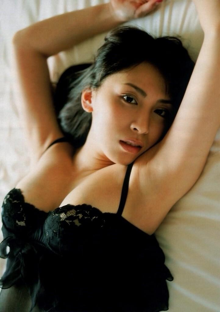【雛形あきこお宝画像】めちゃイケメンバーの巨乳女優が昔はグラドルもやってた件 53
