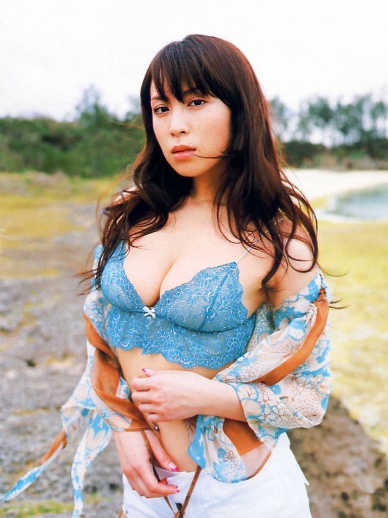 【雛形あきこお宝画像】めちゃイケメンバーの巨乳女優が昔はグラドルもやってた件 62