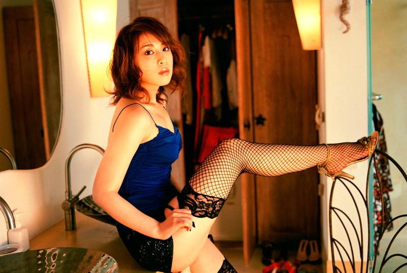 【雛形あきこお宝画像】めちゃイケメンバーの巨乳女優が昔はグラドルもやってた件 70