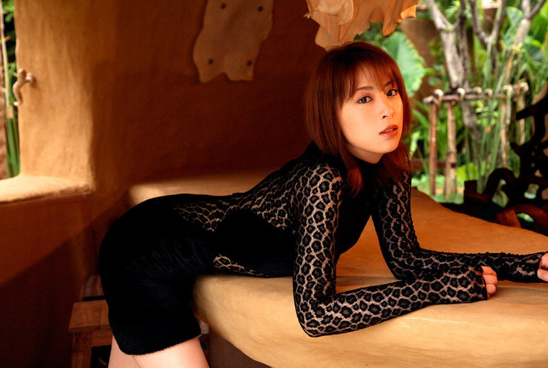 【雛形あきこお宝画像】めちゃイケメンバーの巨乳女優が昔はグラドルもやってた件 75