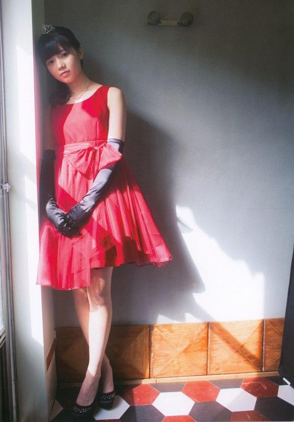【浜浦彩乃グラビア画像】黒髪ストレートで清純系美少女って感じがメチャカワ! 05