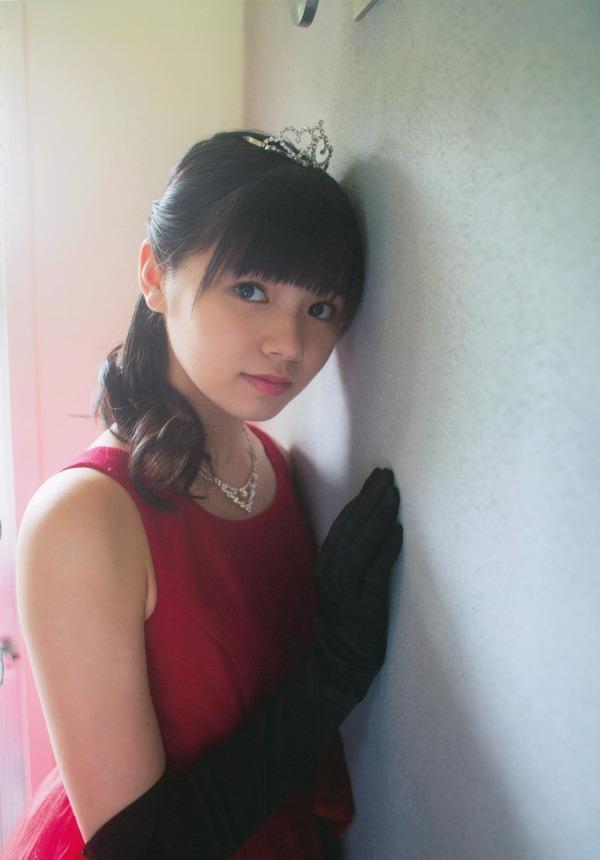 【浜浦彩乃グラビア画像】黒髪ストレートで清純系美少女って感じがメチャカワ! 08