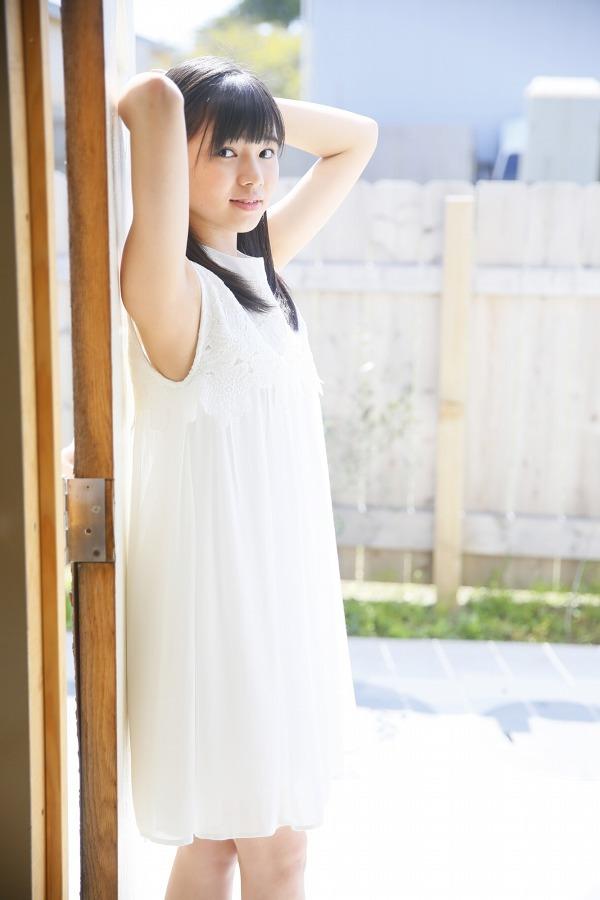 【浜浦彩乃グラビア画像】黒髪ストレートで清純系美少女って感じがメチャカワ! 19