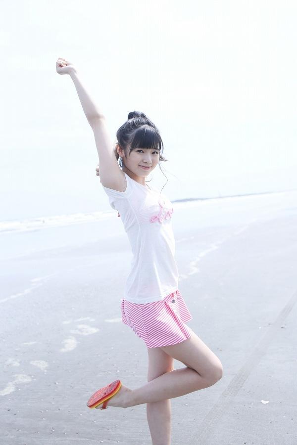 【浜浦彩乃グラビア画像】黒髪ストレートで清純系美少女って感じがメチャカワ! 31