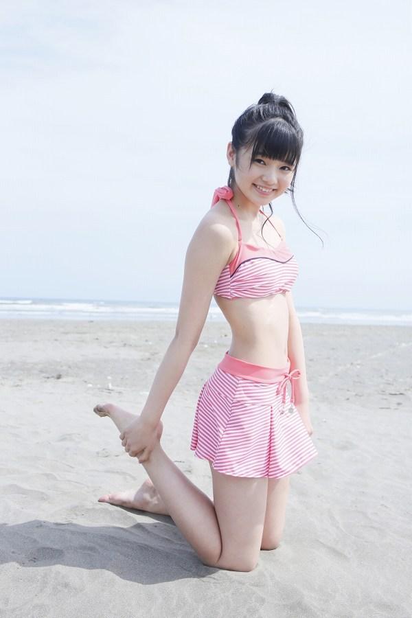 【浜浦彩乃グラビア画像】黒髪ストレートで清純系美少女って感じがメチャカワ! 38
