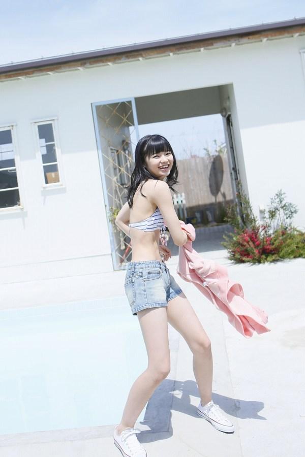 【浜浦彩乃グラビア画像】黒髪ストレートで清純系美少女って感じがメチャカワ! 49