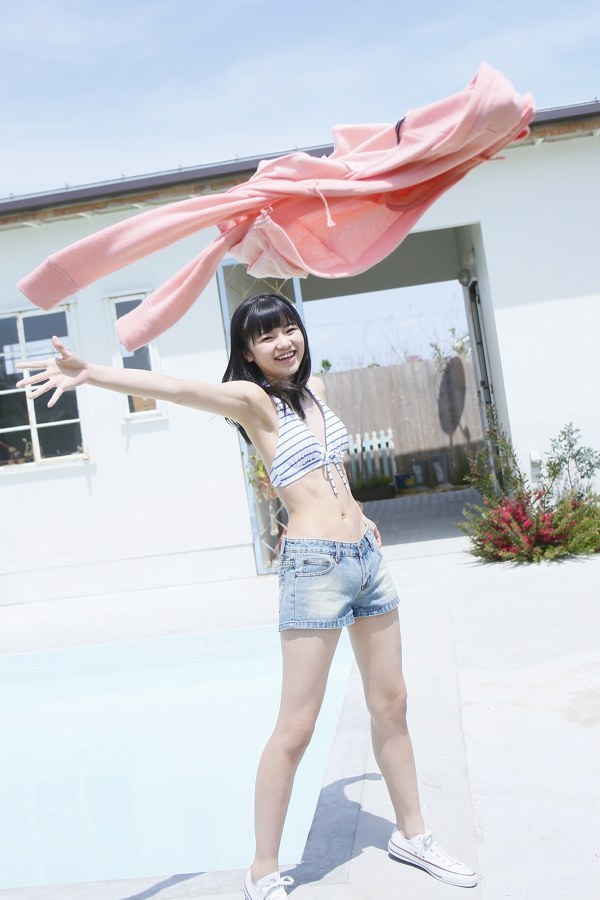 【浜浦彩乃グラビア画像】黒髪ストレートで清純系美少女って感じがメチャカワ! 50