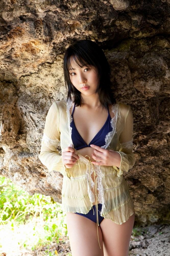 【藤江れいなグラビア画像】元AKB48の3期生アイドルが現役時代に披露した水着姿 24