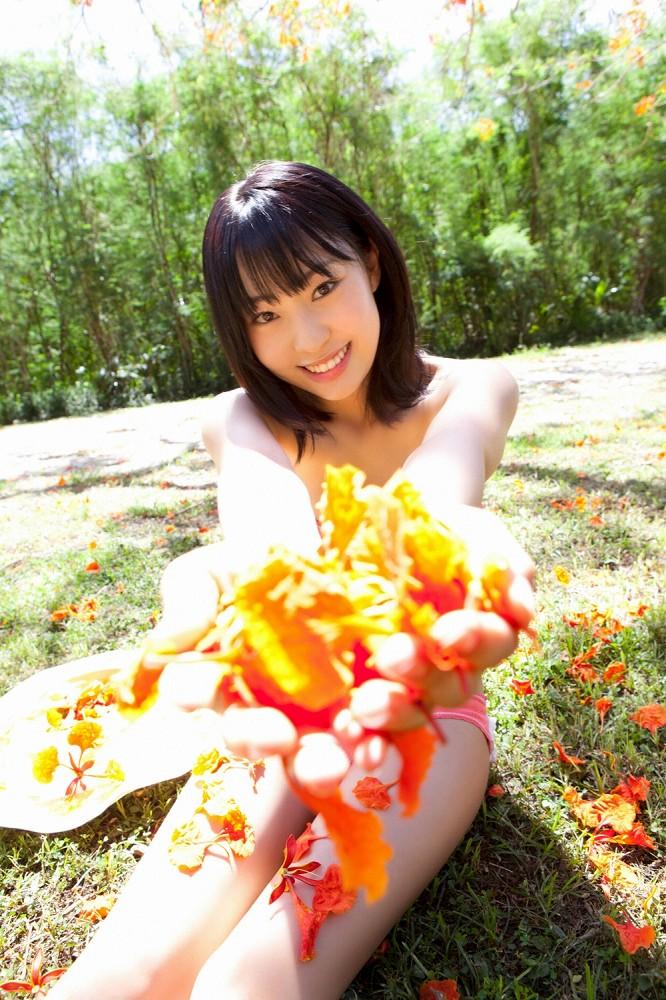 【藤江れいなグラビア画像】元AKB48の3期生アイドルが現役時代に披露した水着姿 39