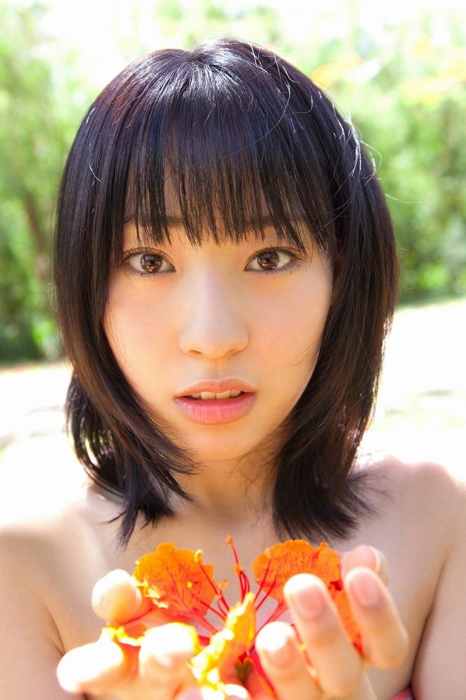【藤江れいなグラビア画像】元AKB48の3期生アイドルが現役時代に披露した水着姿 40