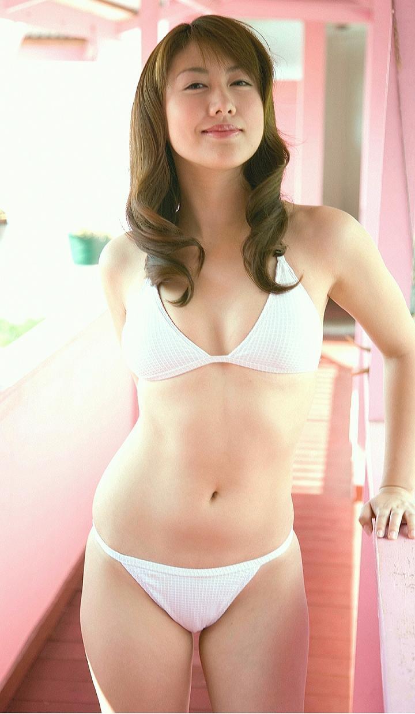 【安めぐみグラビア画像】いいお嫁さんになりそうな女性タレント第一位の女優画像 79