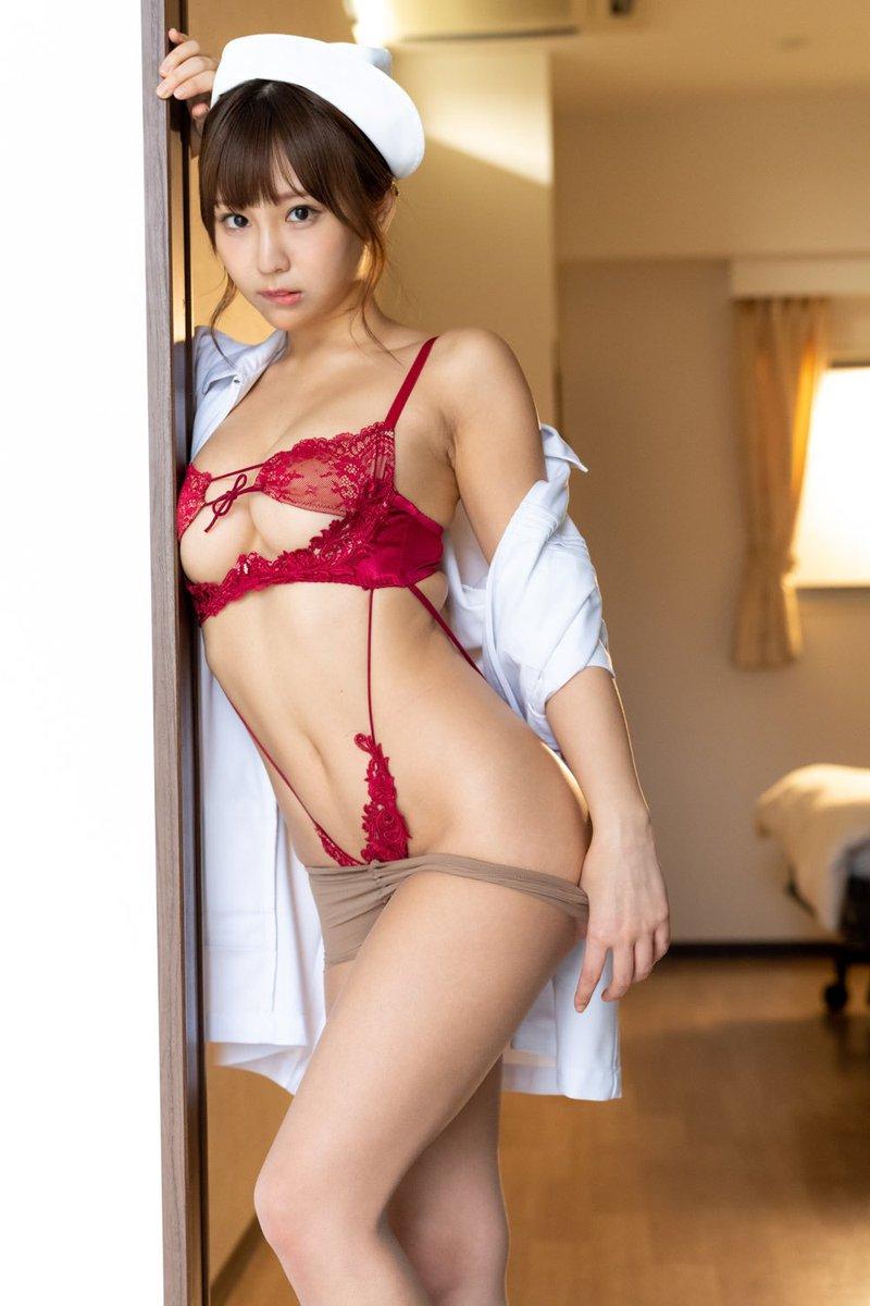 【日向葵衣キャプ画像】声優を目指した筈がグラビアアイドルになってた女の子w 55