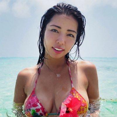 【永野桃子エロ画像】黒木桃子時代に乳首丸見えのヌードを披露したFカップ美人モデル 42