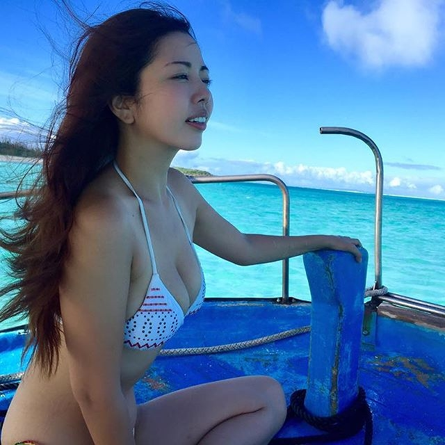 【永野桃子エロ画像】黒木桃子時代に乳首丸見えのヌードを披露したFカップ美人モデル 55