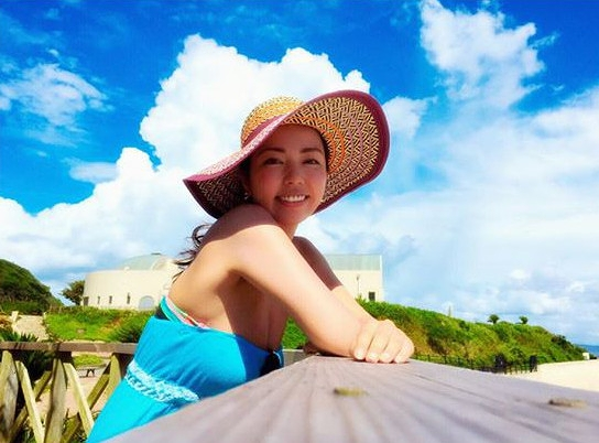 【永野桃子エロ画像】黒木桃子時代に乳首丸見えのヌードを披露したFカップ美人モデル 62