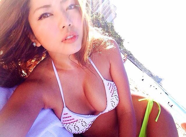 【永野桃子エロ画像】黒木桃子時代に乳首丸見えのヌードを披露したFカップ美人モデル 69