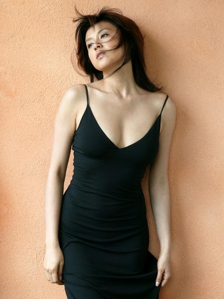 【藤原紀香お宝画像】アラフィフを迎えるベテラン女優が若かった頃のエロ写真 66