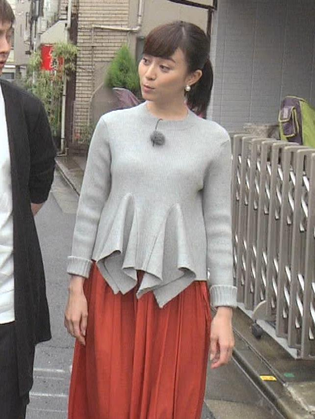 【比嘉愛未キャプ画像】高身長ファッションモデルが女優をしている時のセクシーショット 31