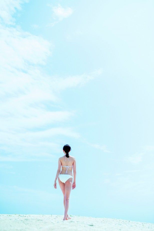 【比嘉愛未キャプ画像】高身長ファッションモデルが女優をしている時のセクシーショット 54