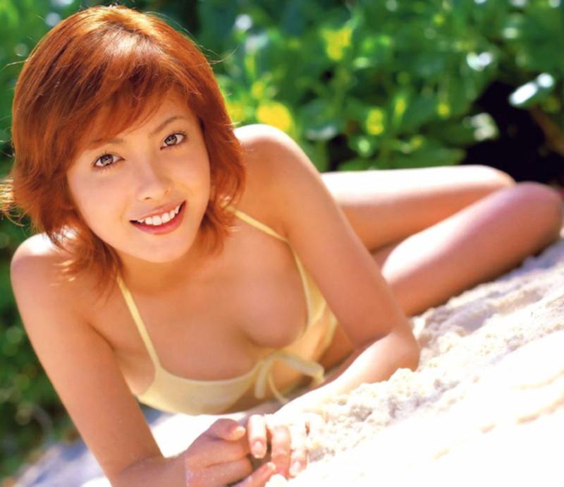 【平山あやグラビア画像】ホリプロタレントの可愛いからセクシーまでが詰まったお宝写真