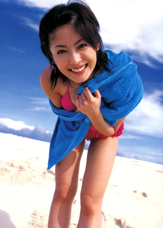 【平山あやグラビア画像】ホリプロタレントの可愛いからセクシーまでが詰まったお宝写真 60