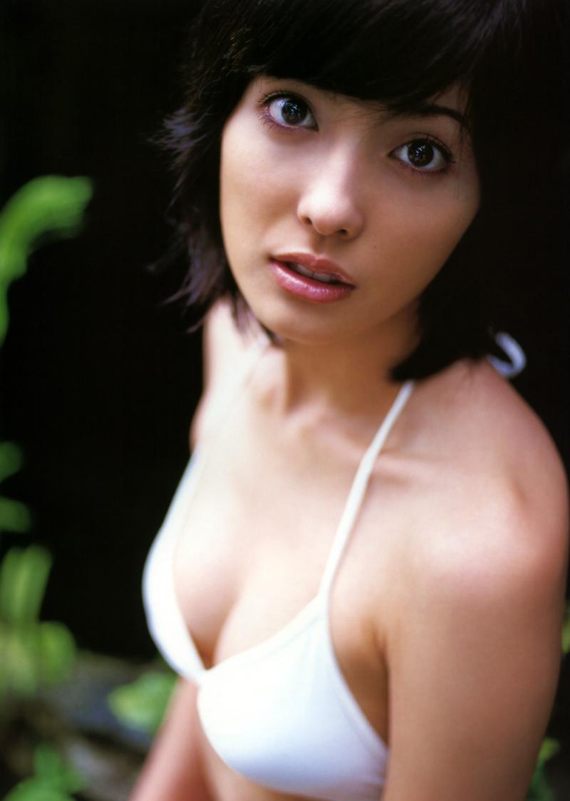 【平山あやグラビア画像】ホリプロタレントの可愛いからセクシーまでが詰まったお宝写真 68