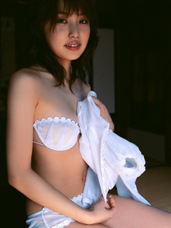 【福下恵美グラビア画像】お笑い芸人原口あきまさの奥さんが結構エロい身体してたwwww 04