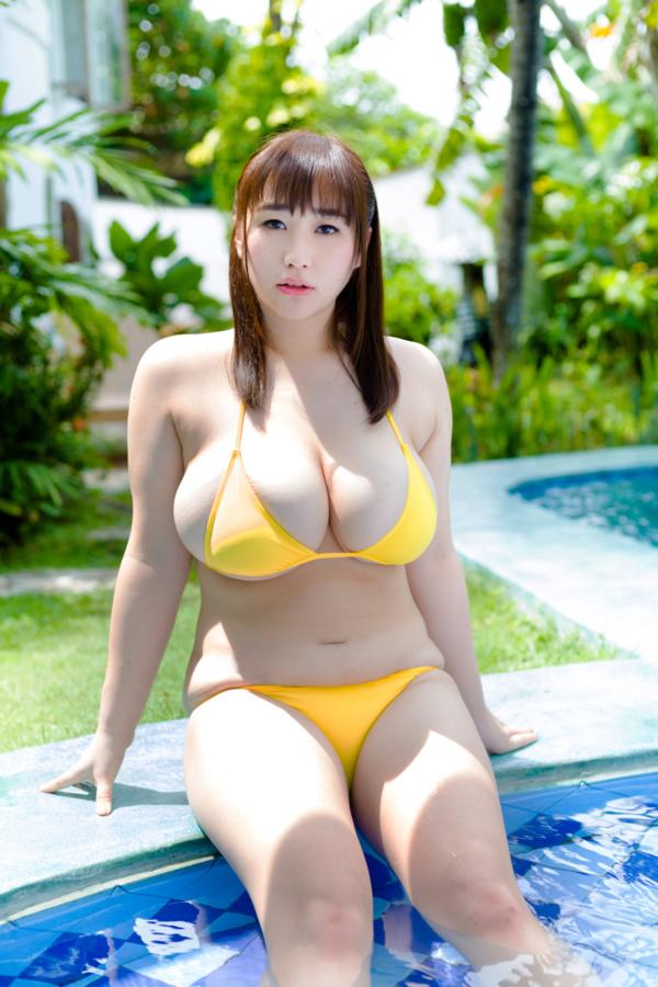 【AKOキャプ画像】ぽっちゃりデカパイお姉さんのエッチな疑似フェラエロ画像 56