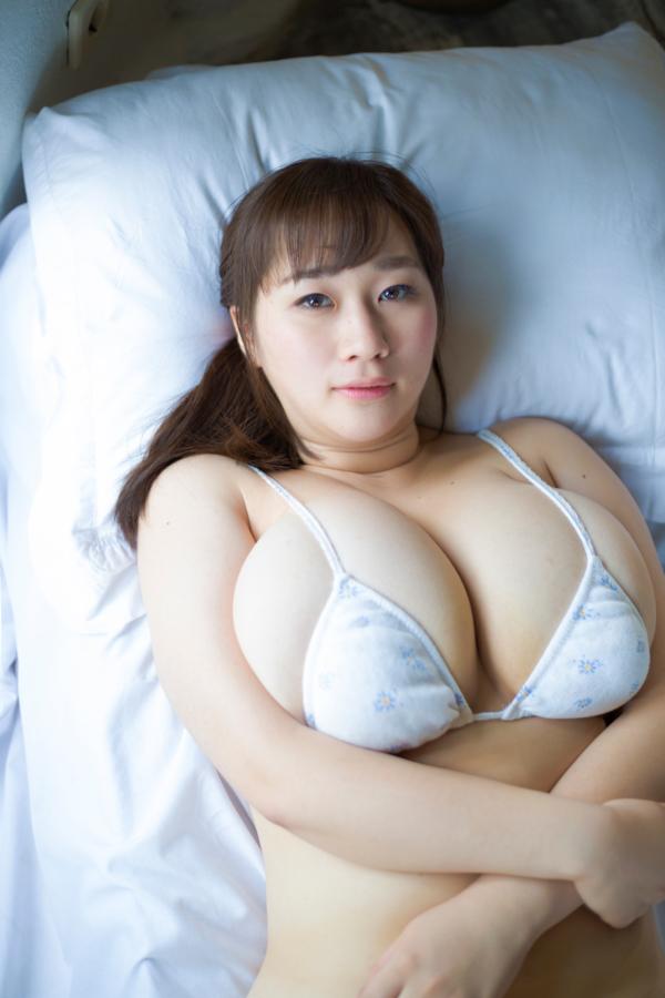 【AKOキャプ画像】ぽっちゃりデカパイお姉さんのエッチな疑似フェラエロ画像 59