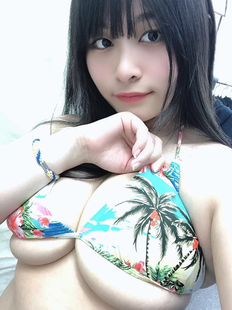 【四宮由貴エロ画像】黒髪ロングのぽっちゃり爆乳コスプレイヤー! 66