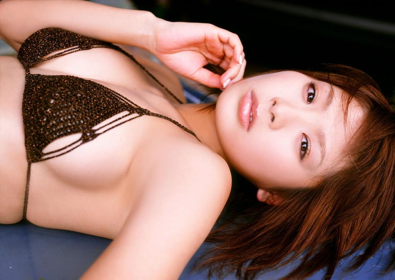 【堀田ゆい夏グラビア画像】Fカップ巨乳に大きなお尻がエロいスタイル抜群ギャル! 70