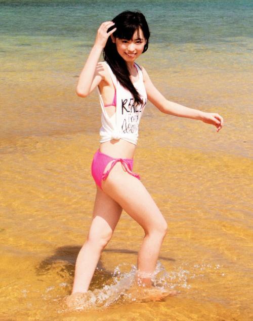 【福原遥グラビア画像】21歳で芸歴15年の若くて可愛いベテラン女優の水着姿 23