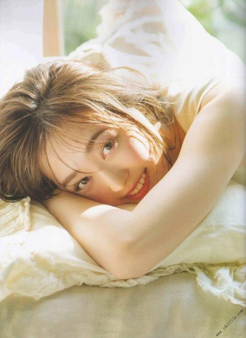 【福原遥グラビア画像】21歳で芸歴15年の若くて可愛いベテラン女優の水着姿 31