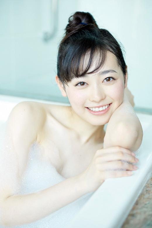 【福原遥グラビア画像】21歳で芸歴15年の若くて可愛いベテラン女優の水着姿 61