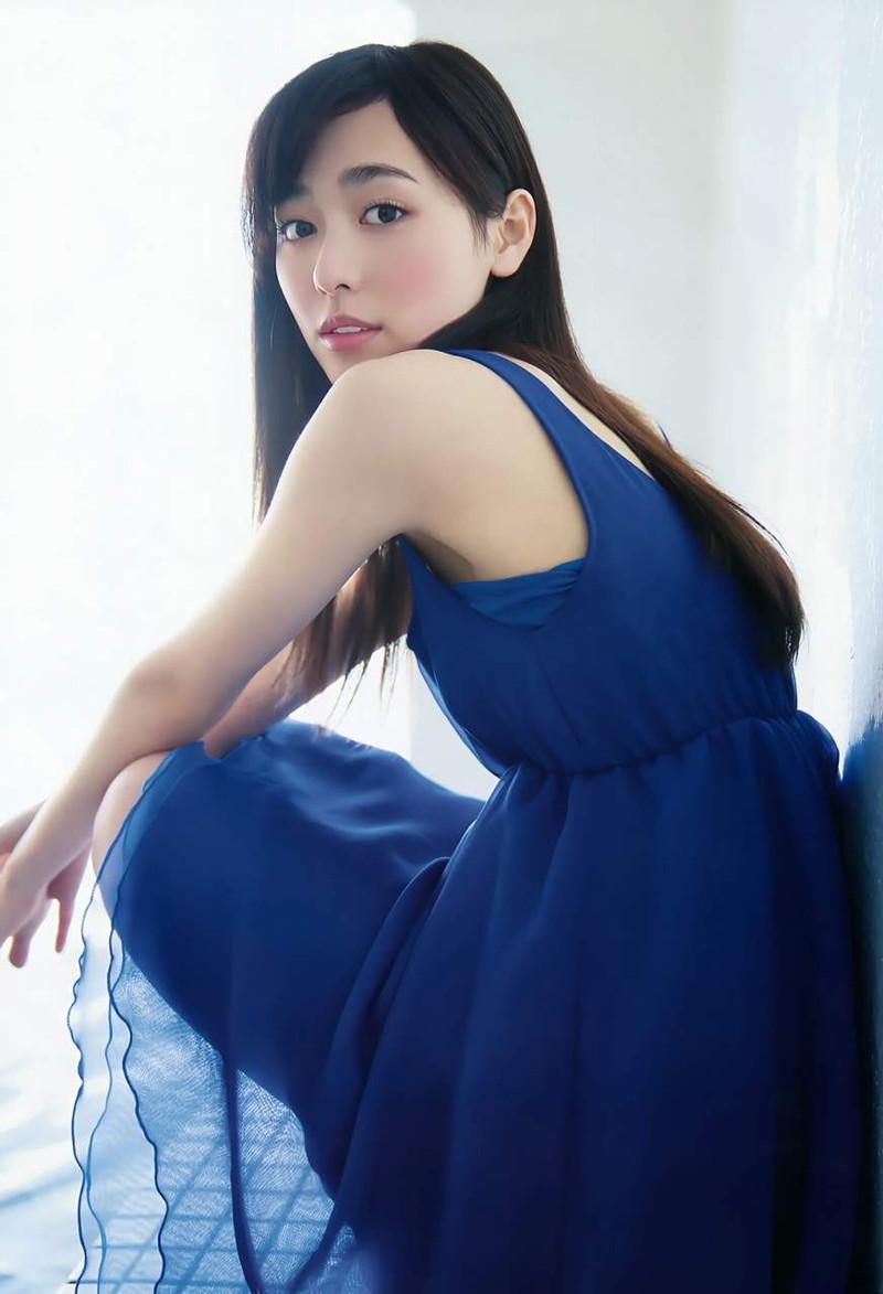 【福原遥グラビア画像】21歳で芸歴15年の若くて可愛いベテラン女優の水着姿 65