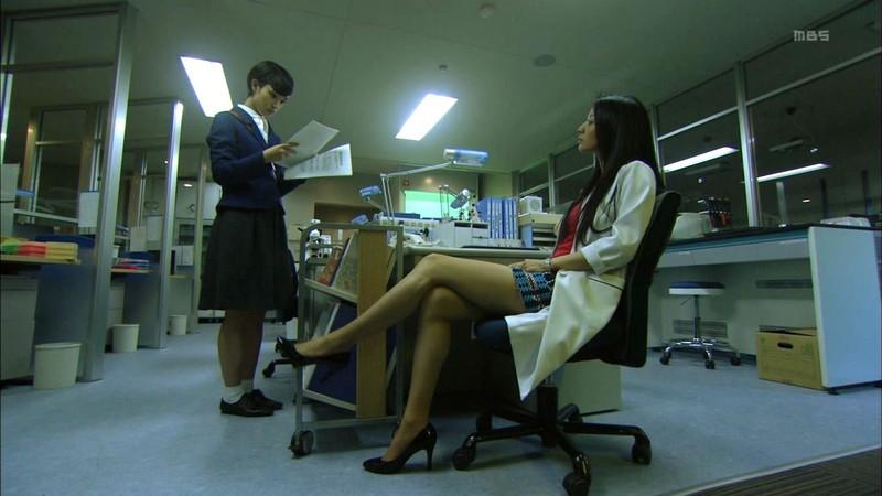 【芦名星濡れ場画像】元ファッションモデルの女優が演じる艶めかしいセックスシーン 32