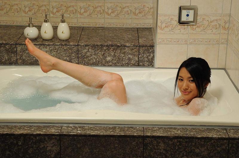 【芦名星濡れ場画像】元ファッションモデルの女優が演じる艶めかしいセックスシーン 64