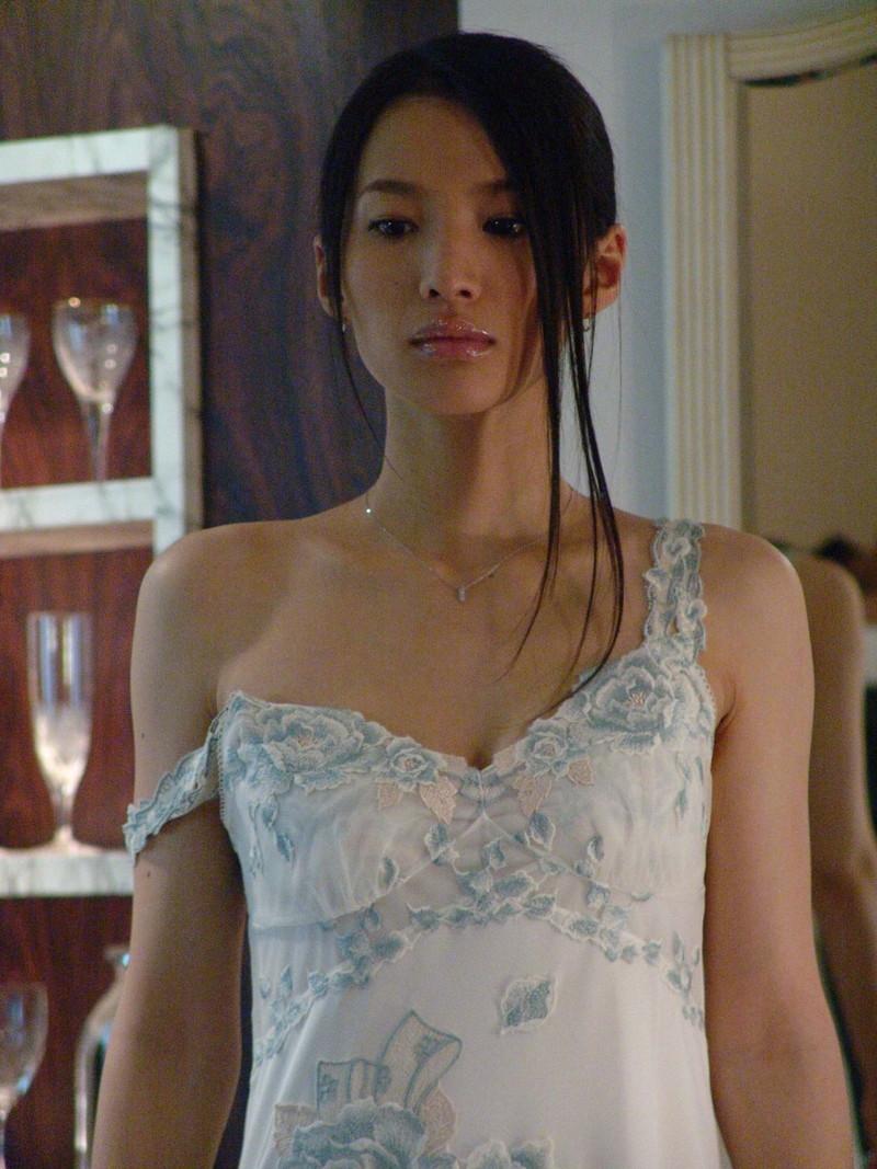 【芦名星濡れ場画像】元ファッションモデルの女優が演じる艶めかしいセックスシーン 69