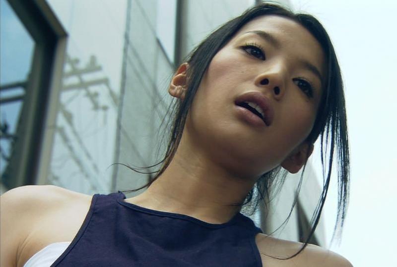 【芦名星濡れ場画像】元ファッションモデルの女優が演じる艶めかしいセックスシーン 70