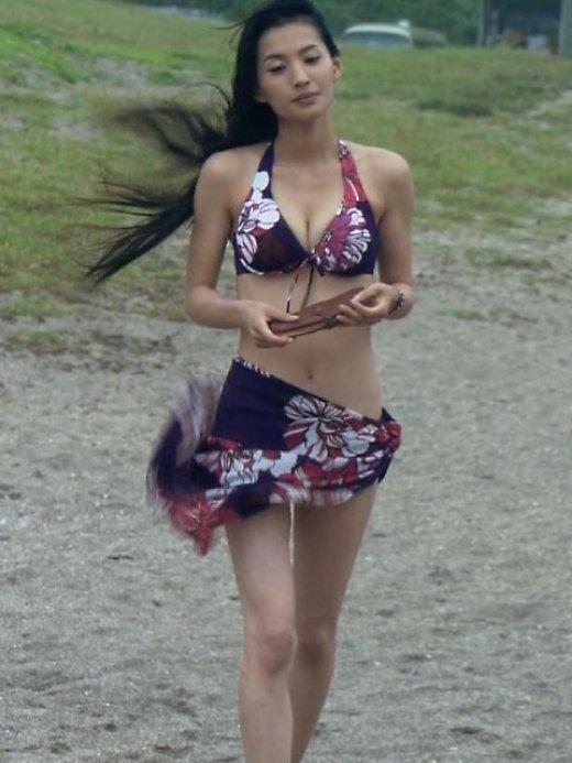 【芦名星濡れ場画像】元ファッションモデルの女優が演じる艶めかしいセックスシーン 73