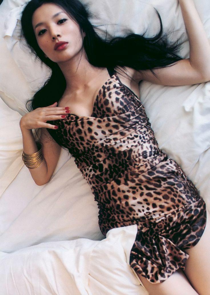 【芦名星濡れ場画像】元ファッションモデルの女優が演じる艶めかしいセックスシーン 78