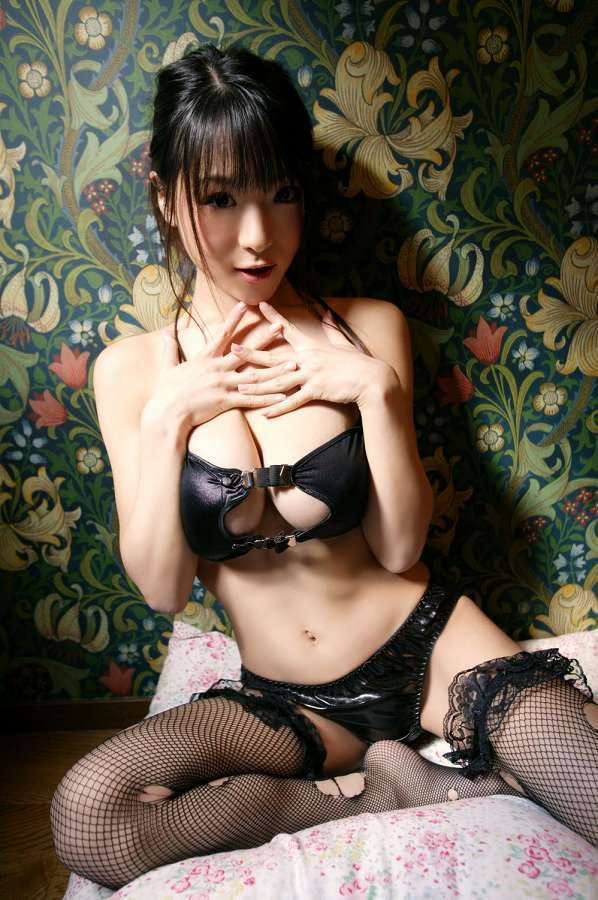 【堀井美月グラビア画像】ケロロ軍曹でプリンセス夏美をやってたミニマム爆乳娘 60
