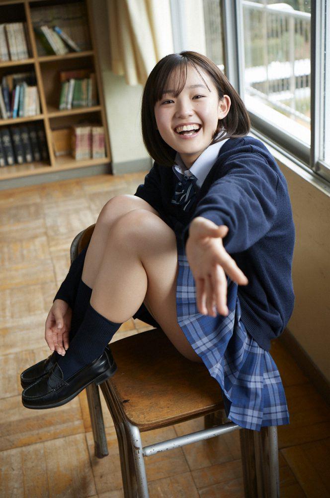 【花咲ひよりエロ画像】禁止されてたファン繋がりがバレて解雇されたロリ巨乳アイドル 13