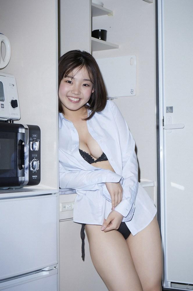 【花咲ひよりエロ画像】禁止されてたファン繋がりがバレて解雇されたロリ巨乳アイドル 18