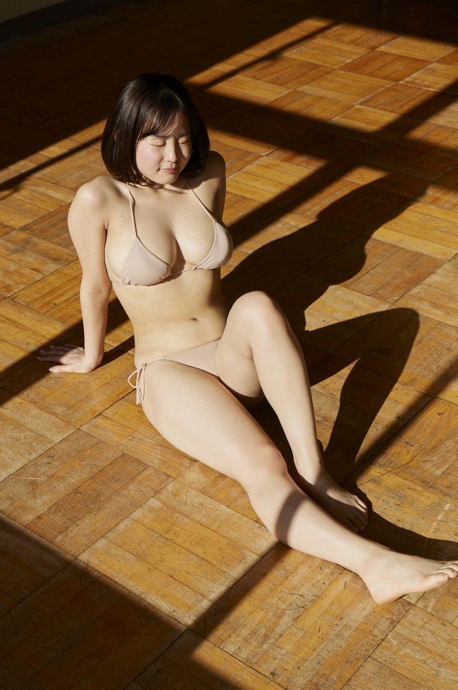 【花咲ひよりエロ画像】禁止されてたファン繋がりがバレて解雇されたロリ巨乳アイドル 34