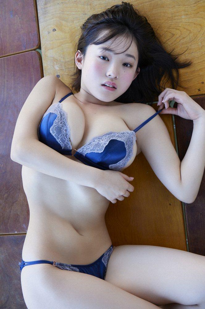 【花咲ひよりエロ画像】禁止されてたファン繋がりがバレて解雇されたロリ巨乳アイドル 40
