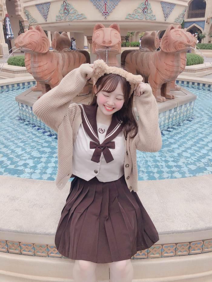 【花咲ひよりエロ画像】禁止されてたファン繋がりがバレて解雇されたロリ巨乳アイドル 61