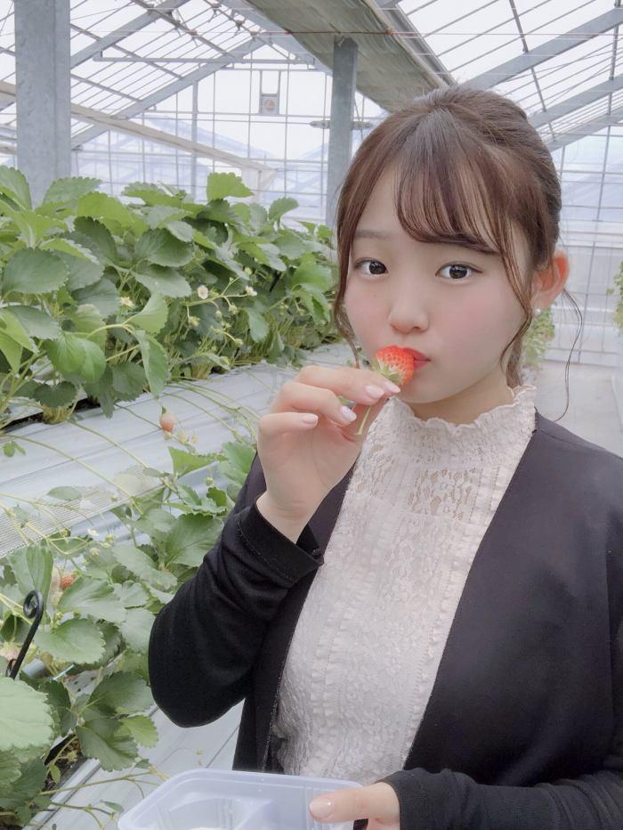 【花咲ひよりエロ画像】禁止されてたファン繋がりがバレて解雇されたロリ巨乳アイドル 64