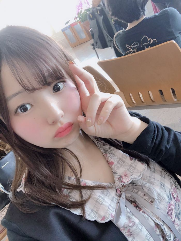 【花咲ひよりエロ画像】禁止されてたファン繋がりがバレて解雇されたロリ巨乳アイドル 66