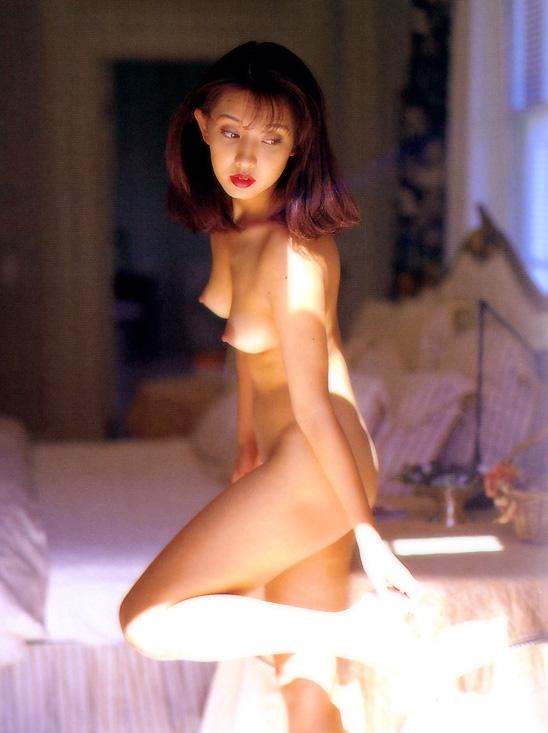 【原久美子お宝画像】アラフィフのベテラン女優が昔撮ったヌードが結構エロいw 06